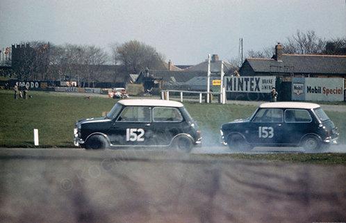 """018- John Fitzpatrick-Paddy Hopkirk Mini Cooper S 1964 Aintree 200 Salo  18""""x27"""""""
