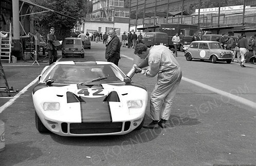 "009-Ford GT40 Revson-Scott SPA 1000Km 1966  18""x27"""