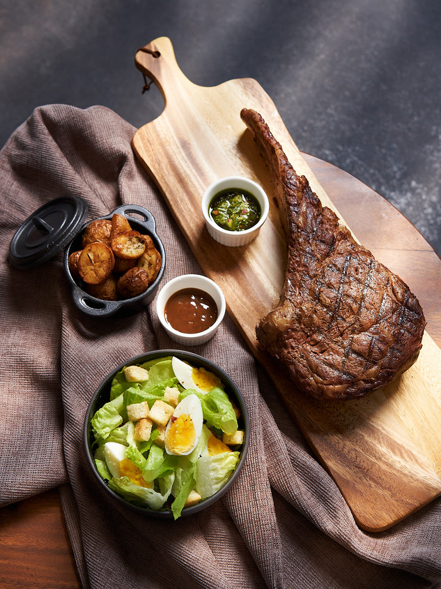 Morganfield's Singapore Tomahawk