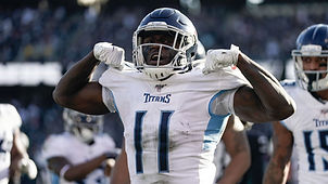 aj-brown-titans-raiders.jpg