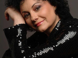"""Romanța este divină"" - Alina Mavrodin Vasiliu, la Radio România Cultural"