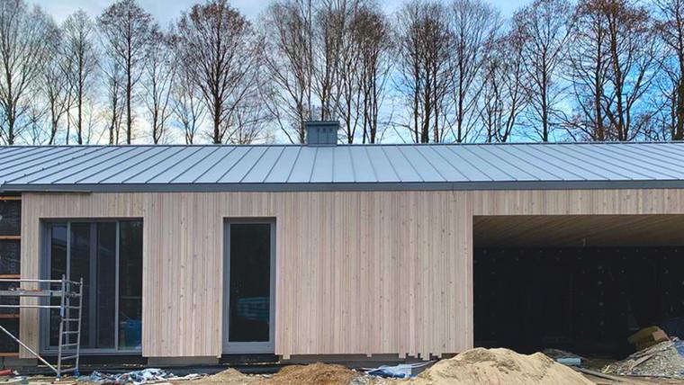 Budowa domu na polanie dobiega końca!