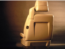 BMW 850i Seating Design