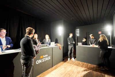 Youtube on Stage, organised by D-side group