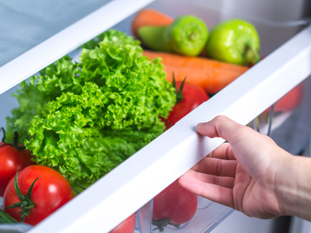 Como lavar e conservar as folhas por mais tempo na geladeira? Descubra como!