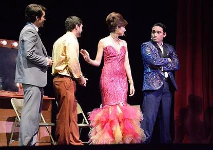 Nicole Rubira y Pepe Sánchez en Julio, El Musical