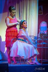 Doris Villavicencio como Raquel