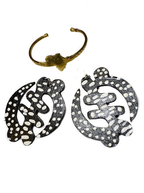 Wooden Andrika Earrings