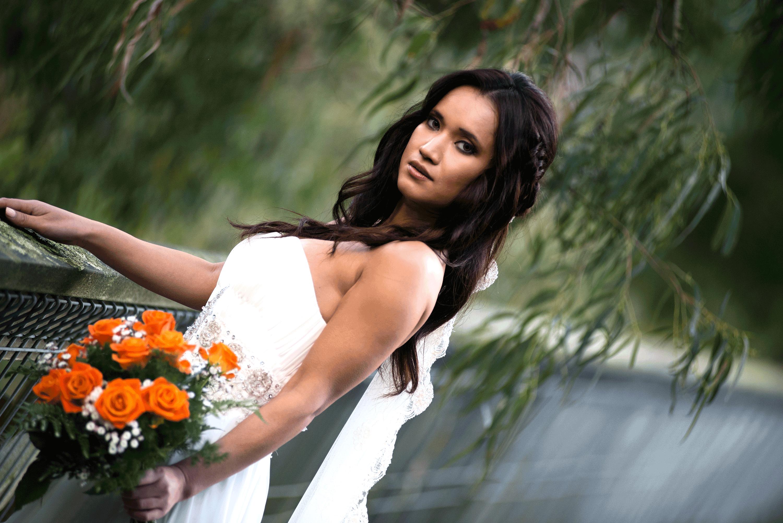 Wedding-Portrait-on-bridge