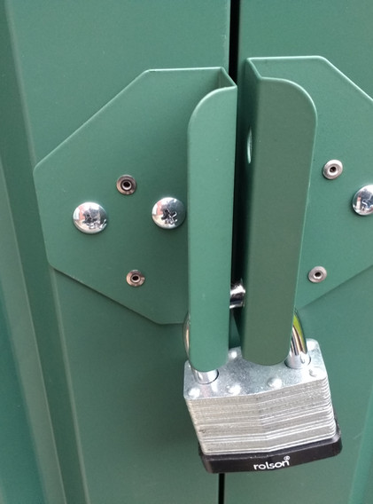 Handles with rivets.jpg