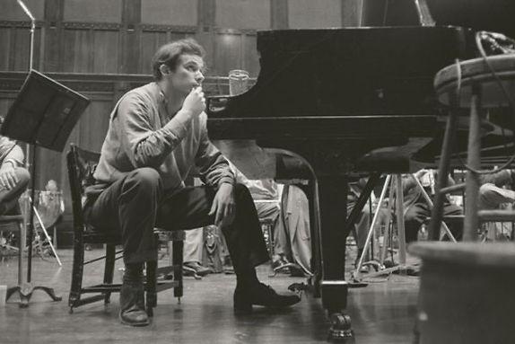 Glenn Gould.jpeg