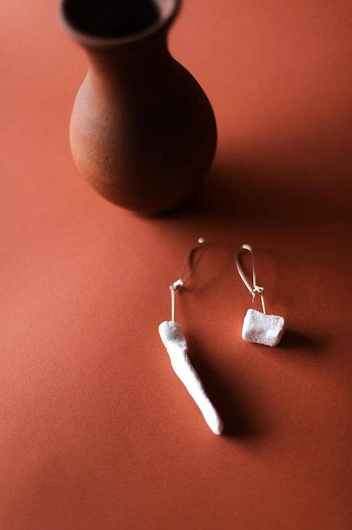 55/ 彫刻 earrings