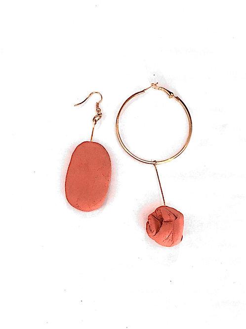 68/ 彫刻 earrings