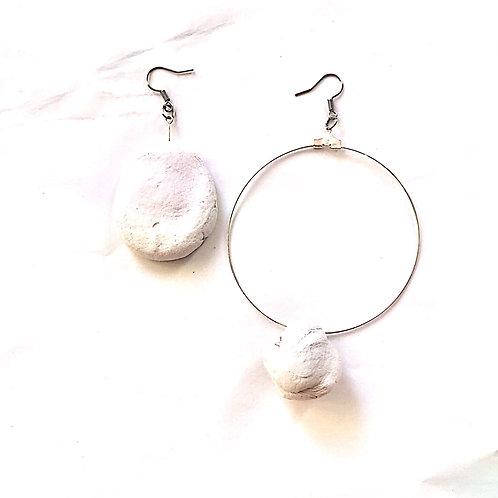 43/ 彫刻 earrings