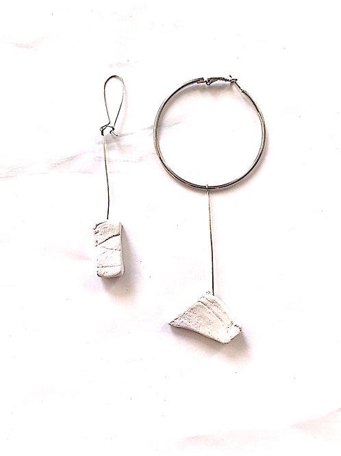 49/ 彫刻 earrings