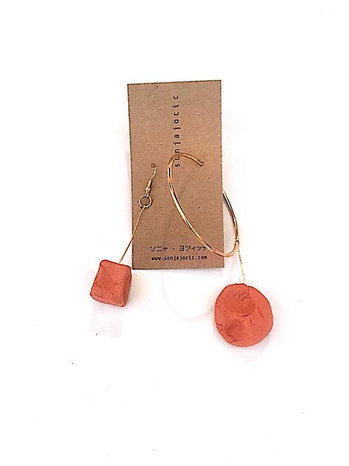 69/ 彫刻 earrings
