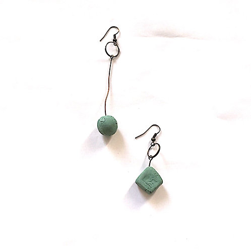13/ 彫刻 earrings