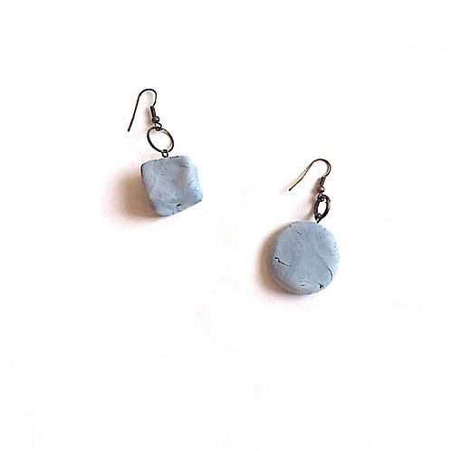 10/ 彫刻 earrings