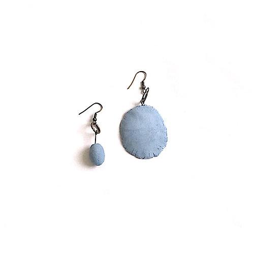 11/ 彫刻 earrings
