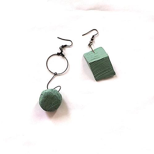 21/ 彫刻 earrings