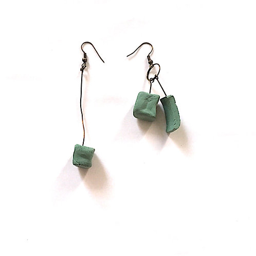 16/ 彫刻 earrings