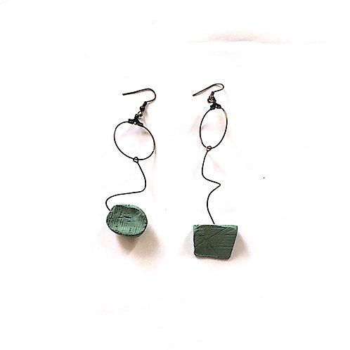 29/ 彫刻 earrings