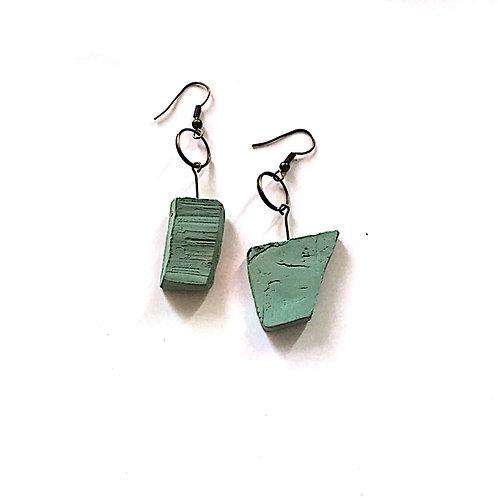 31/ 彫刻 earrings
