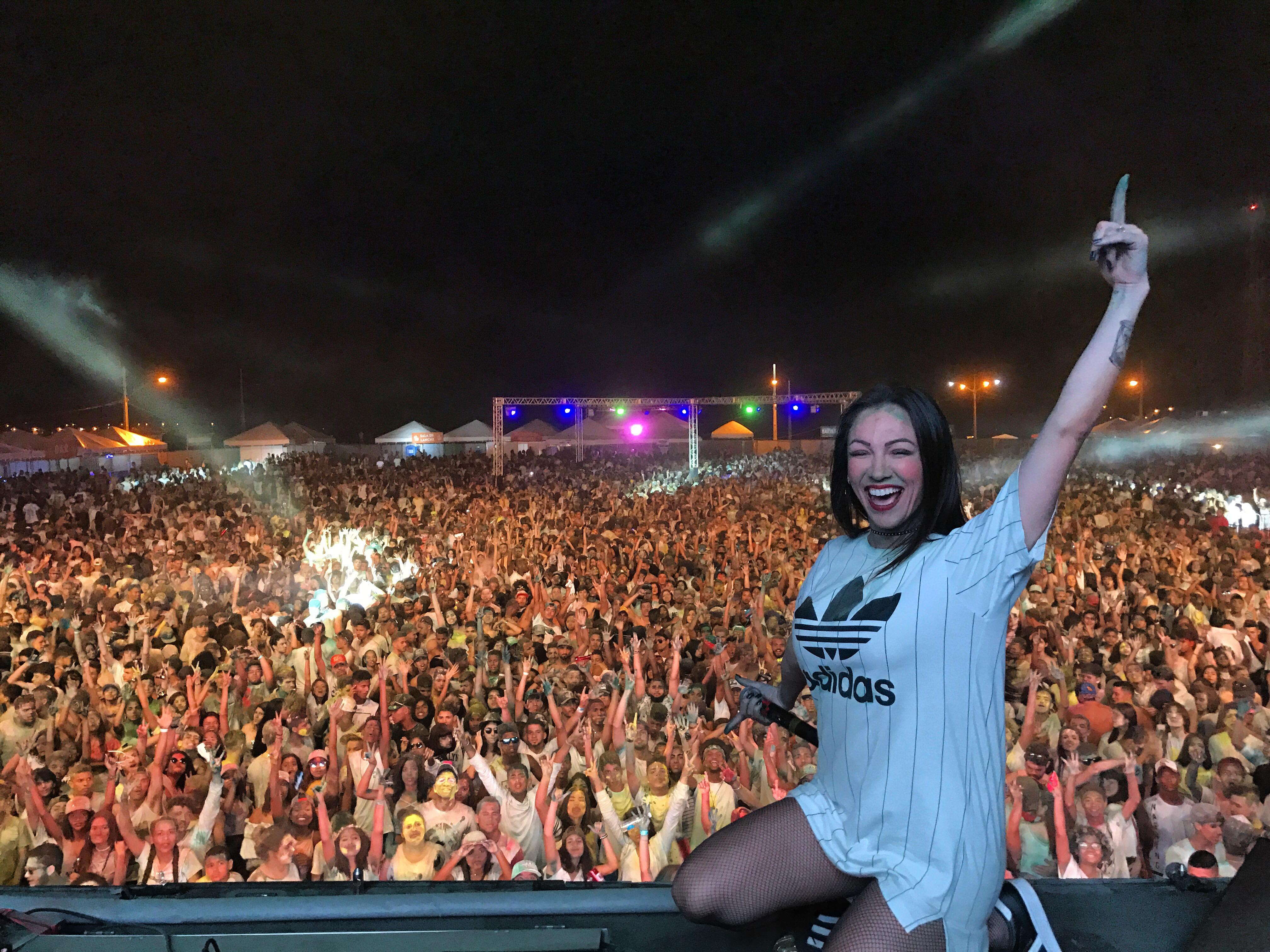 DJ KARINE LARRÉ - PORTO ALEGRE / RS