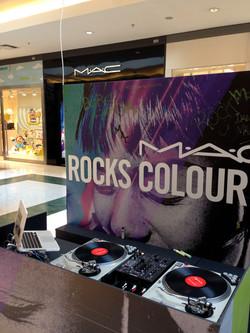 TOCA DISCOS TECHNICS MK2 + SERATO DJ + MACBOOK PRO 13