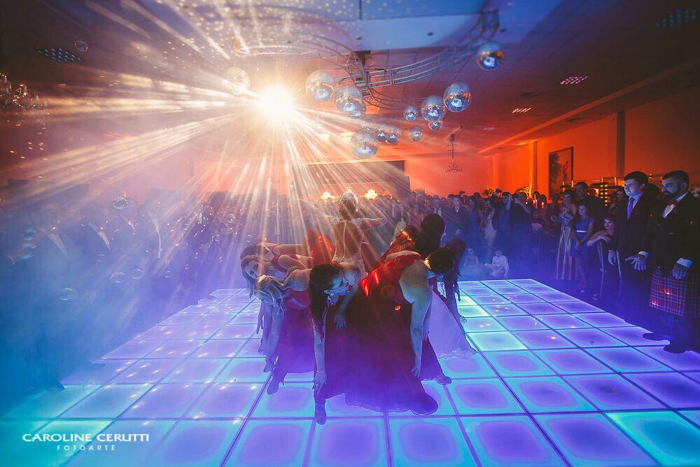 pista-de-led-aluguel-locacao-porto-alegre-pista-de-danca-interativa-iluminada-piso-tapete-