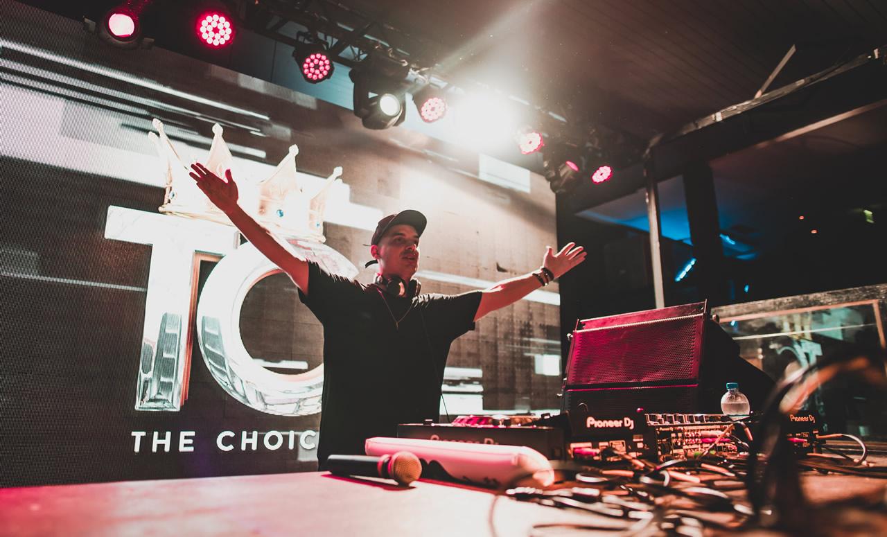DANNI MARTIN - OPEN FORMAT DJ
