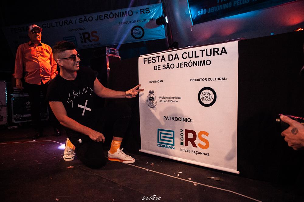 SHOW COM DJ PARA FESTAS DE PREFEITURA E FEIRAS