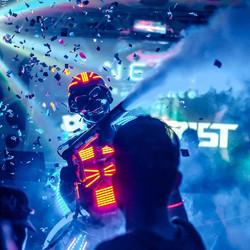 PROJETO FUTURIST - DJ + ROBÔ DE LED