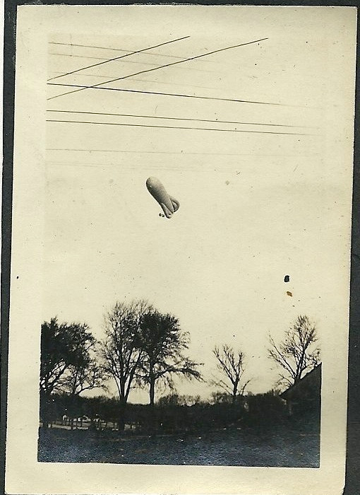 Coquat Type R Observation Balloon.jpg
