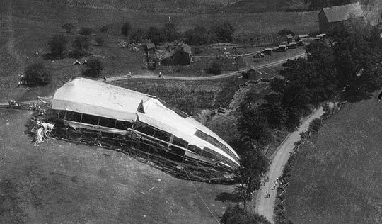 ZR-1Wreck1925.jpg