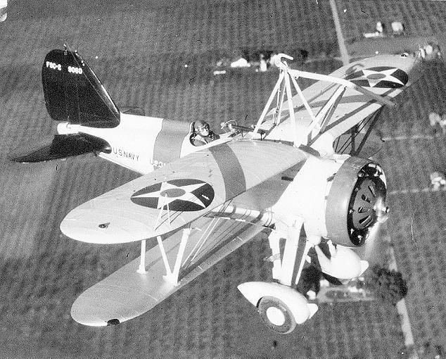 sparrowhawk-flying-by-Macon-1935.jpg