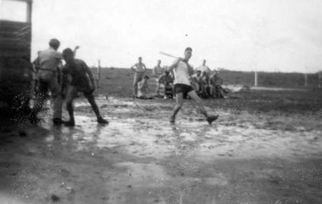 Baseball in mud Amapa 9_45.jpg