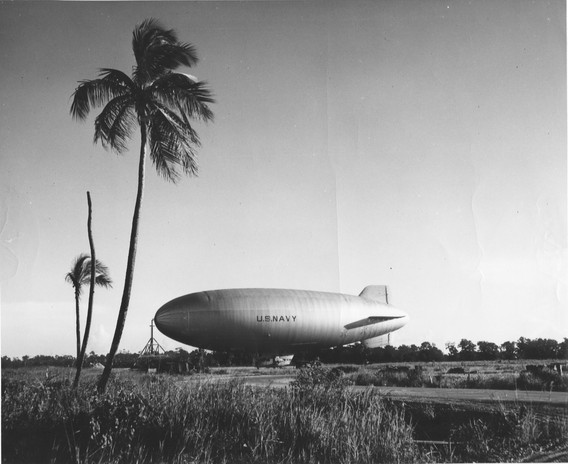 1944-blimp-palms.jpg