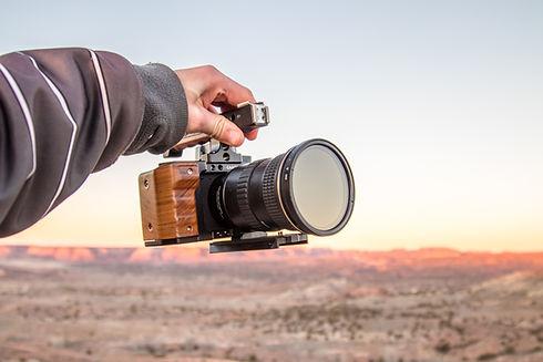 Editing video online, montaggio video online a distanza, videomaker freelance riprese e montaggio video