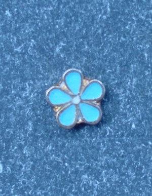 Insigna floare de nu ma uita, metal comun aurit