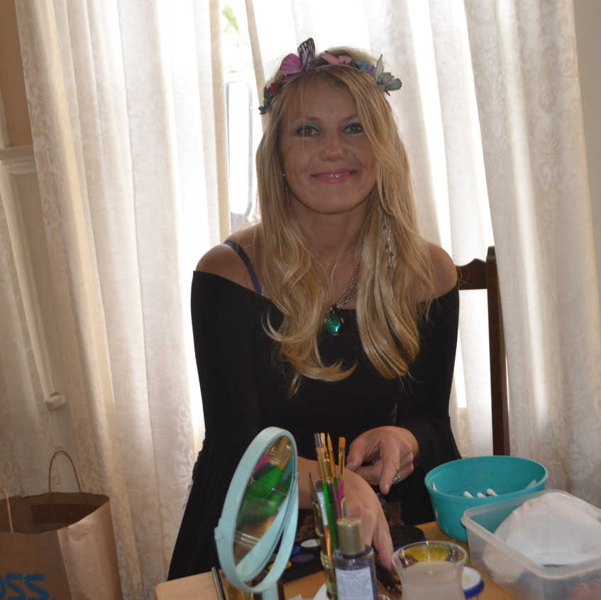 Edita, face painting fairy - 1