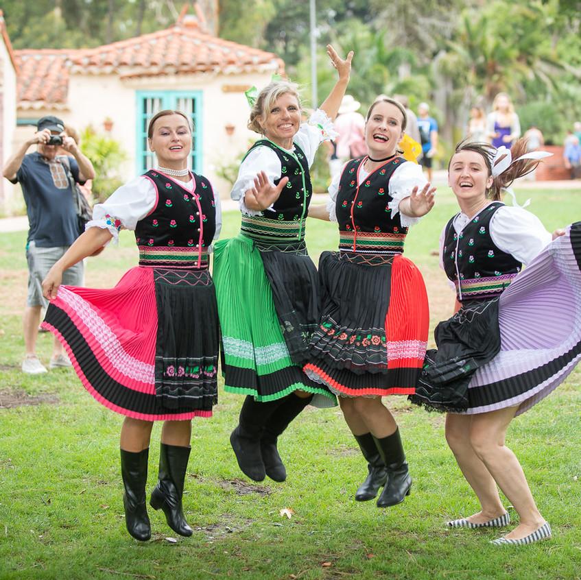 Czech & Slovak Annual Lawn Programs 2015-51-X2