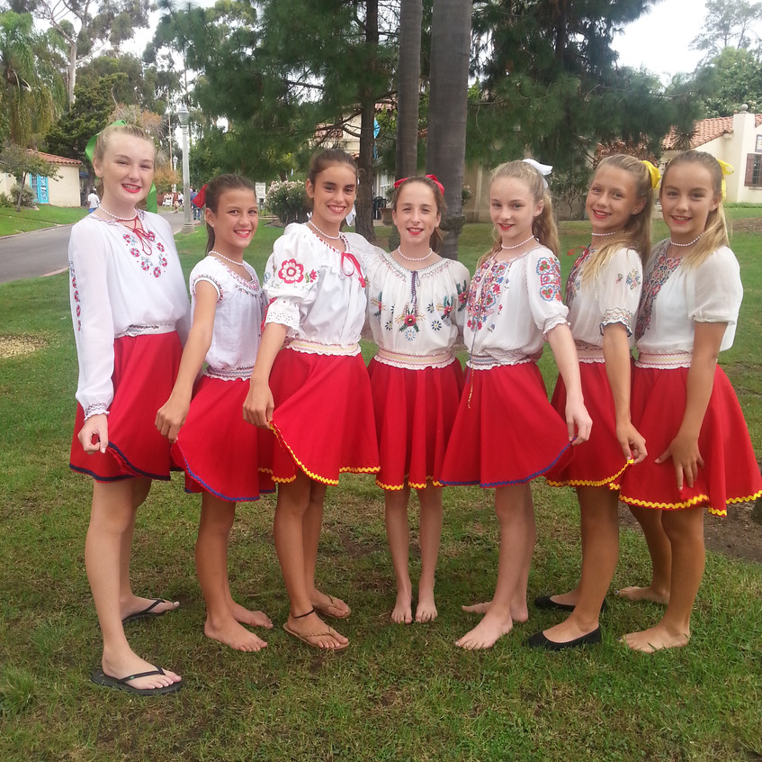Point Loma Girls