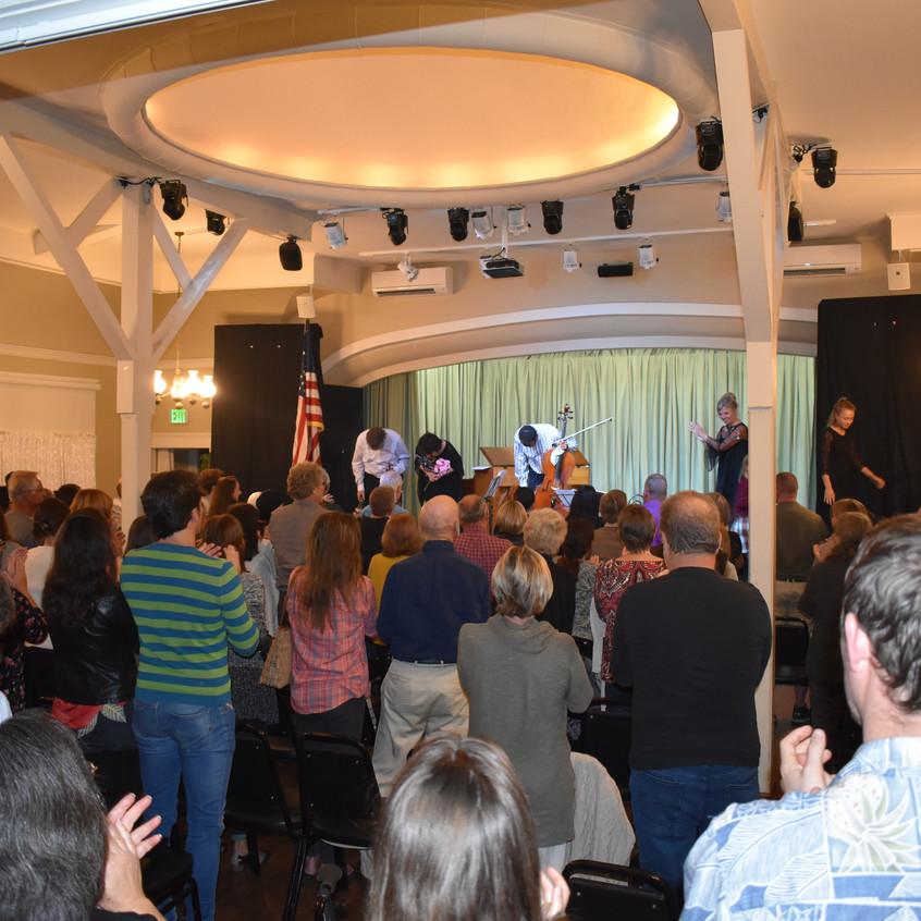 standing ovation - 1 (1)