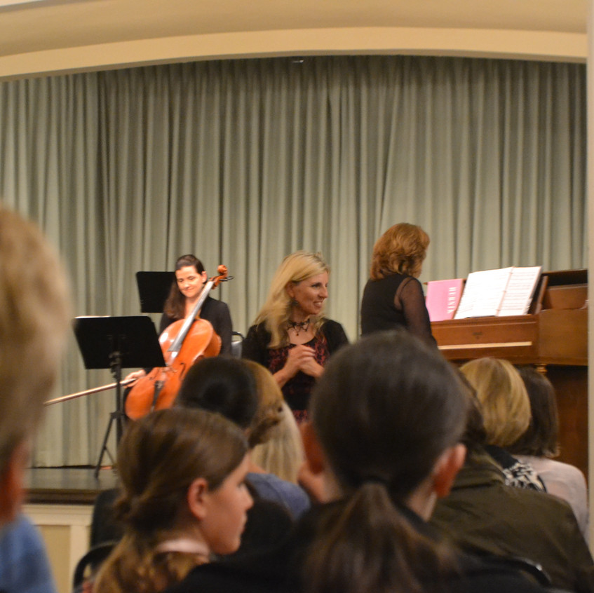 Classical concert with stories... - 1