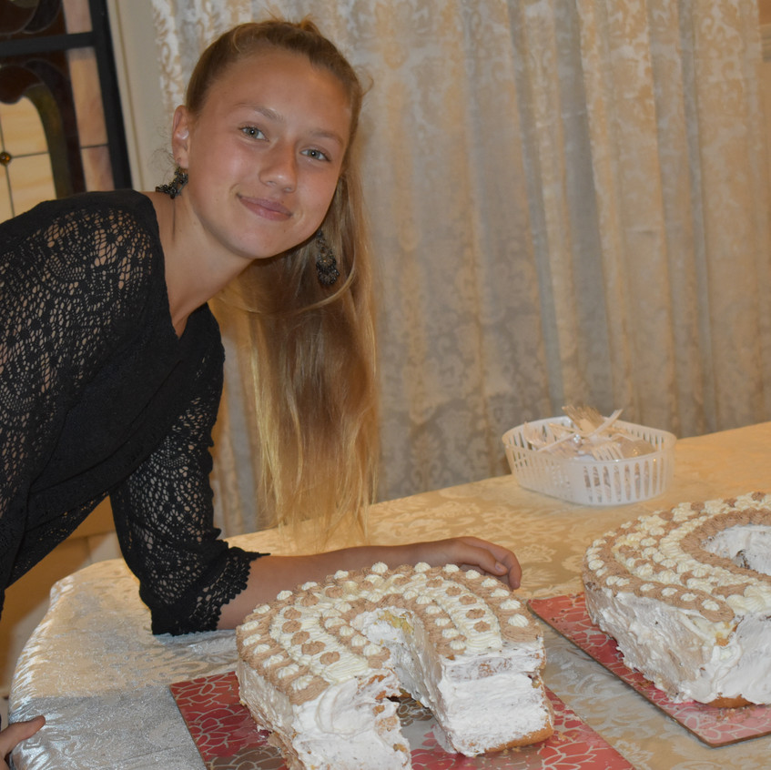 adelka and the  cakes! - 1