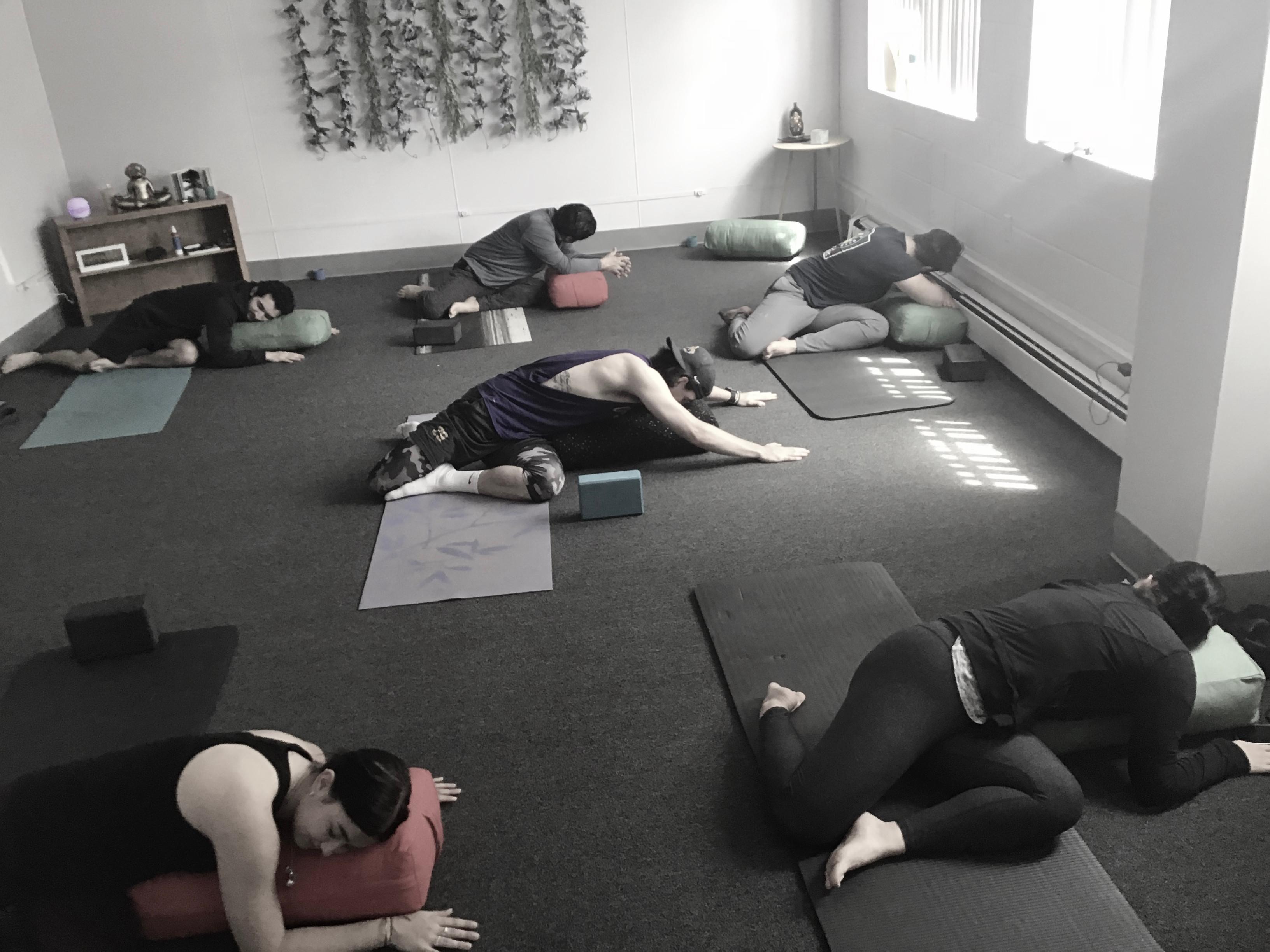Gentle yoga 8:40 amTues