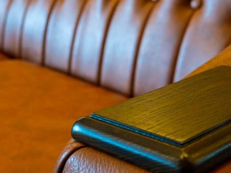 ウンコちゃんの家具屋さんが全力でおすすめするブランド【CRASH】の最新の二人掛けソファをご紹介【2021SS】