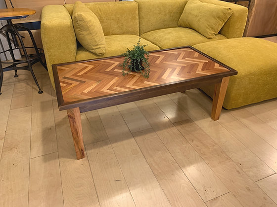 HERRINGBONE CAFE TABLE