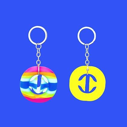 קליק ומשחררים עם מחזיק מפתחות- צהוב או צבעוני לבחירה